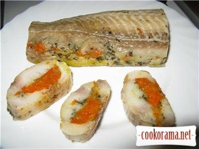 Рибний рулет з овочами