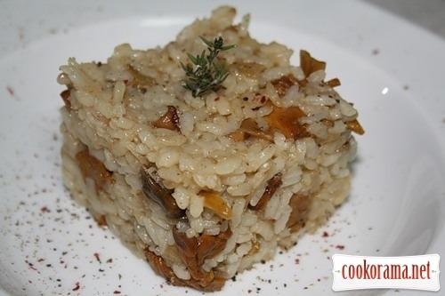 Rice with chanterelles (Arroz con setas)