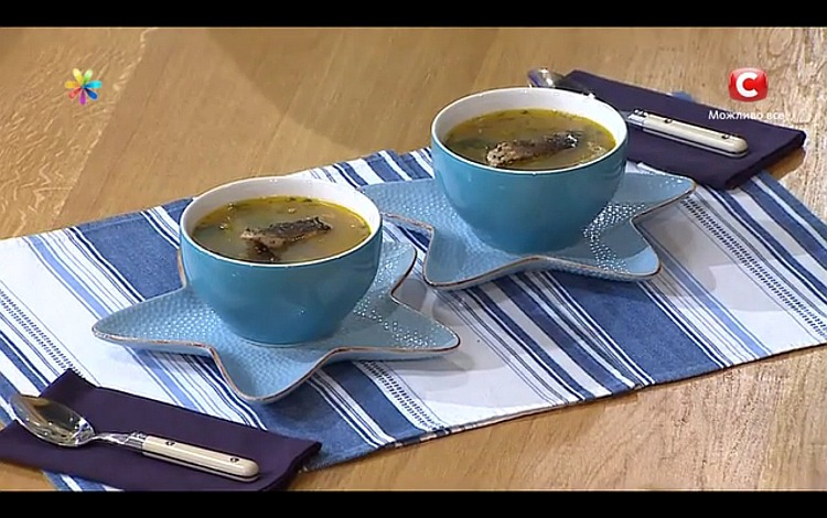 Суп з коропа з чорносливом від актора Олексія Трітенко