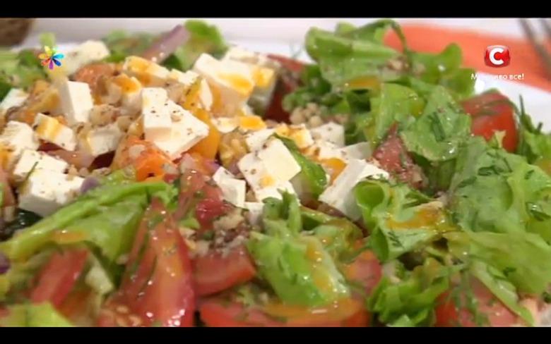 Сытный салат из цуккини от модели Ксении Кузьменко