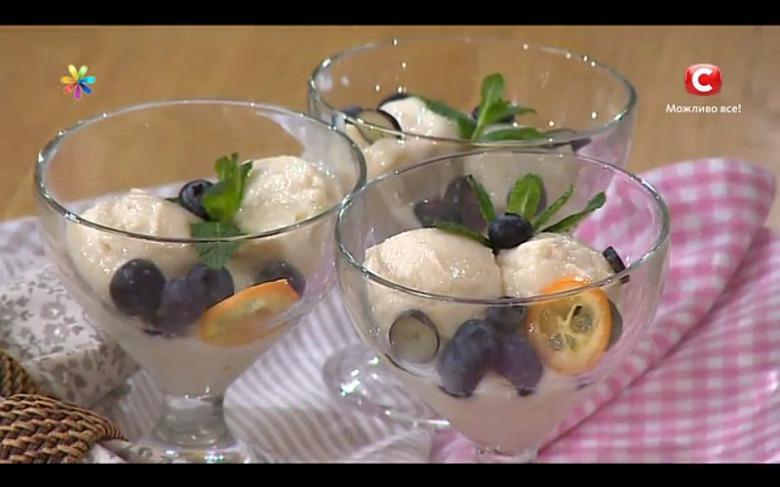 Домашнее мороженое из кефира и бананов