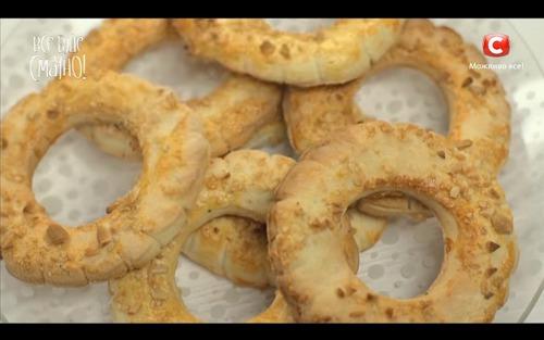 Кольца с орехами и «медальки» от Аллы Ковальчук