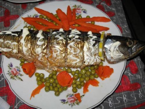 Рыба запеченая-фаршированая
