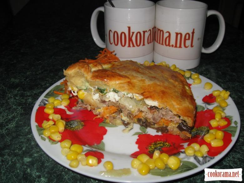 Пирог с мясом и баклажанами