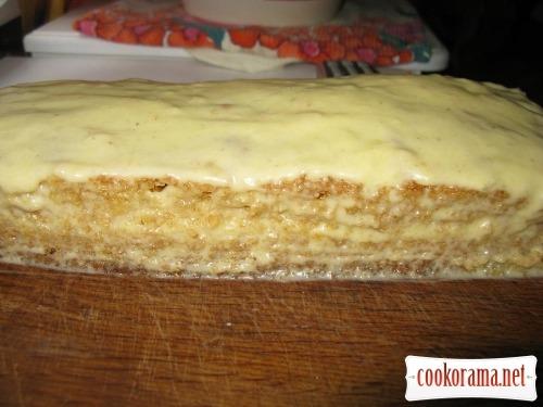 Бісквіт на кефірі, тістечка і торт «Кучерявий хлопець» з нього