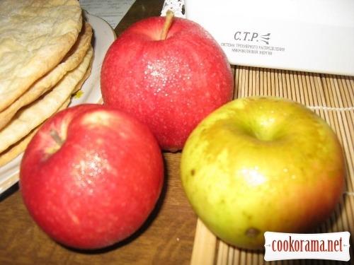 Торт «Яблуневий аромат»