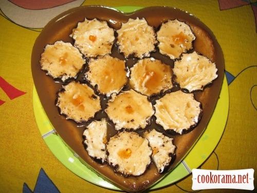 Бісквіт на манці (без борошна) і торт-пиріг з нього