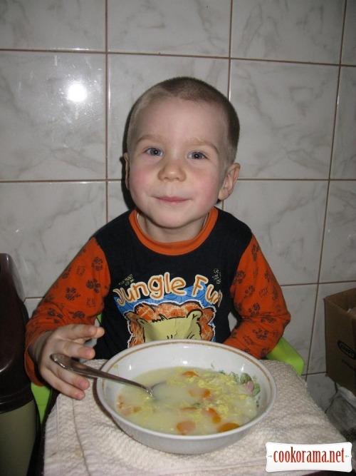 Суп с «Колобками» и яичной заливкой