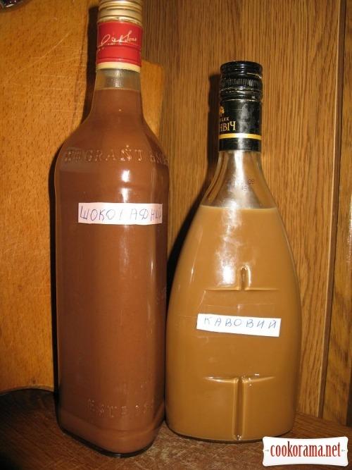 Молочно-кофейный и шоколадно-молочный ликеры