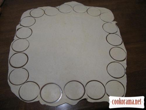 Vareniki from sour dough