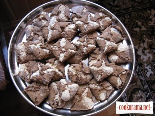 Печиво «Повітряні поцілунки» з горіховим бізе