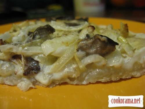 Alsatian pie - Flammkuhen with mushrooms