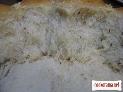 Pampushki with garlic