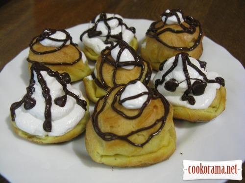 Заварные пирожные с заварным белковым кремом