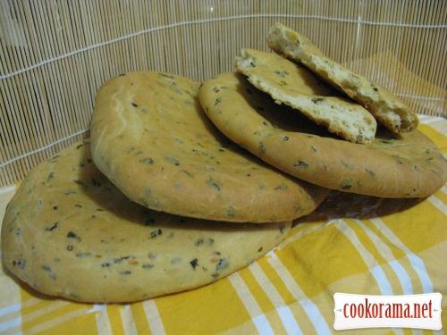 Хліб-паляниця з зеленню