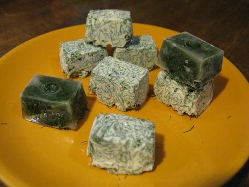 Зеленые кубики или готовь сани летом:)
