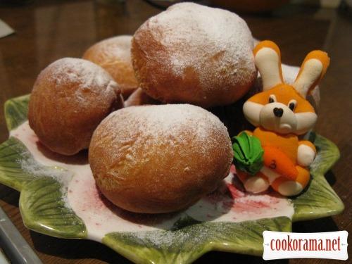 Пончики в медовом сиропе