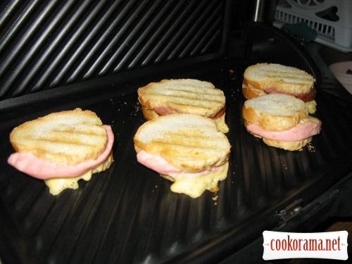 Горячие бутерброды-кармашки