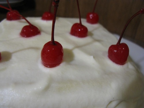 "Cake in microwave ""Cherry on snow"""