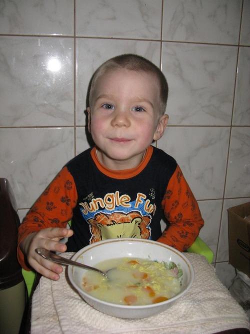 """Суп с """"Колобками"""" и яичной заливкой"""