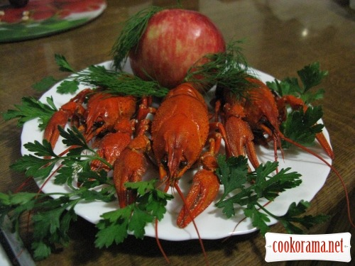Crawfish boiled with apples:)