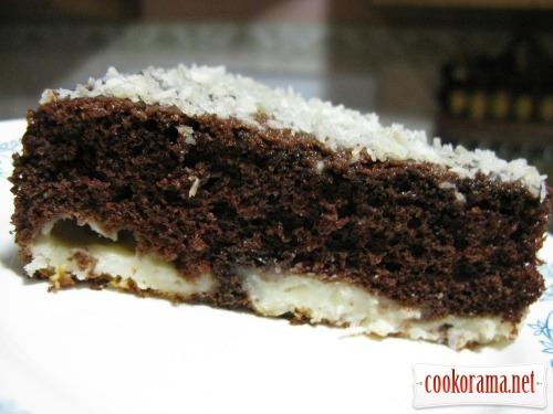 Шоколадный пирог с кокосово-творожными шариками