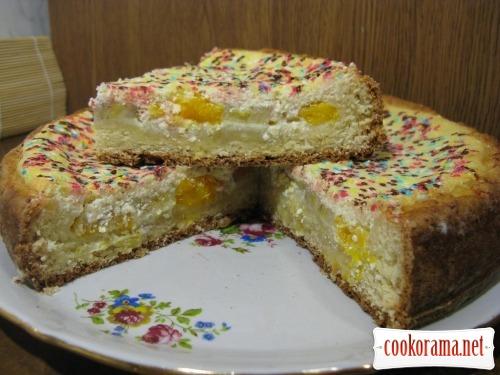Пиріг з сиром і фруктами