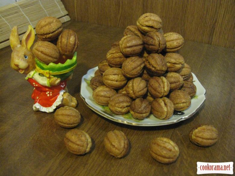 Орешки из орехового теста