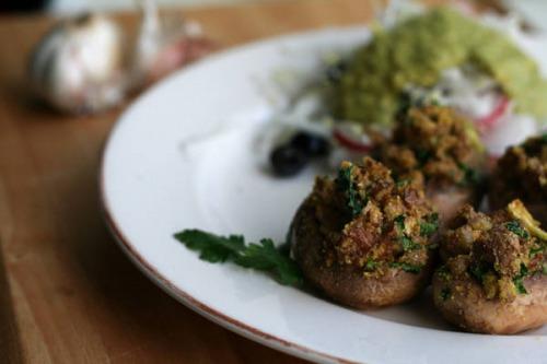 Фаршировані гриби і заправка до салатки