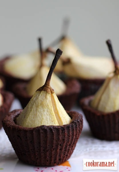 Chocolate muffins with pears