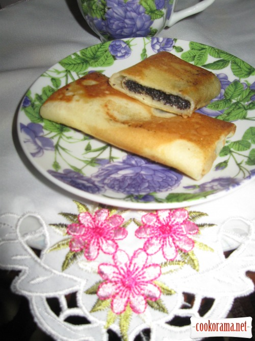 Pancakes with poppy filling