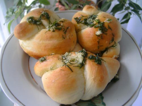 Закусочні булочки