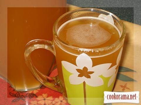 Homemade kvass (with sugar)