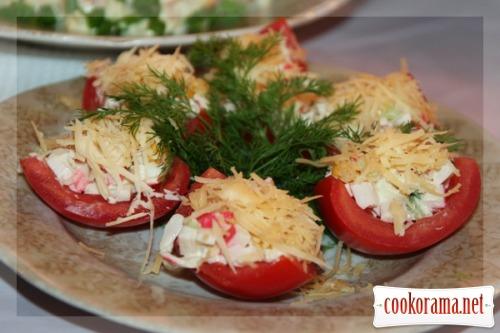 Фаршированные помидоры четвертинками