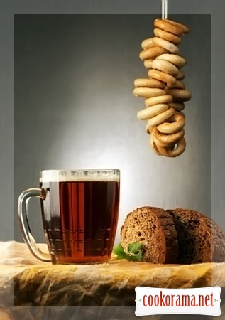 Простенький хлібний квас