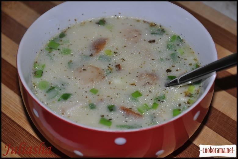 Картофельно-сырный суп-пюре с белыми грибами