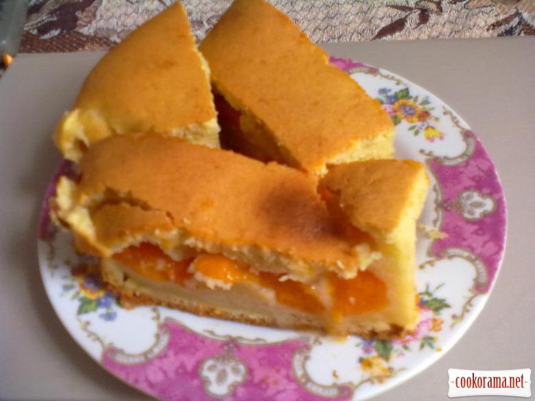 Пиріг з абрикосами