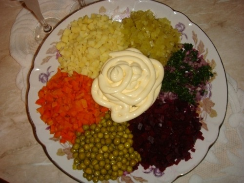 Салат «Цветик-семицветик»
