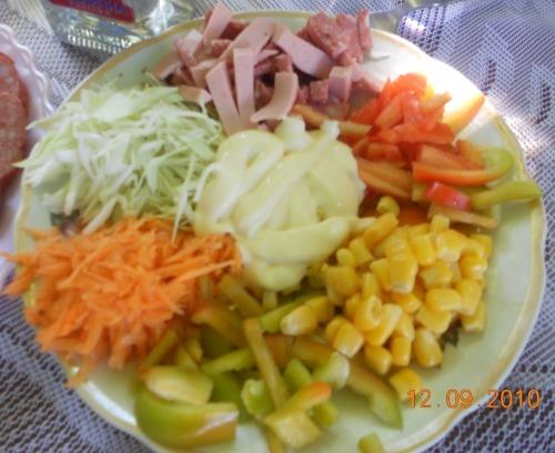 """Salad """"VITAMIN BOMB"""""""