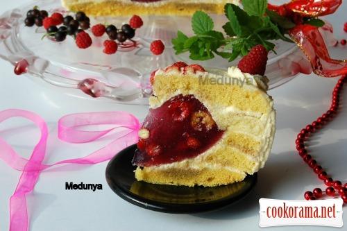 Торт «Ягідне кохання»