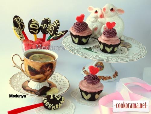 Dessert «Berries and Chocolate»