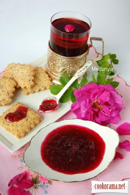 Розовое варенье (шоковый способ приготовления)