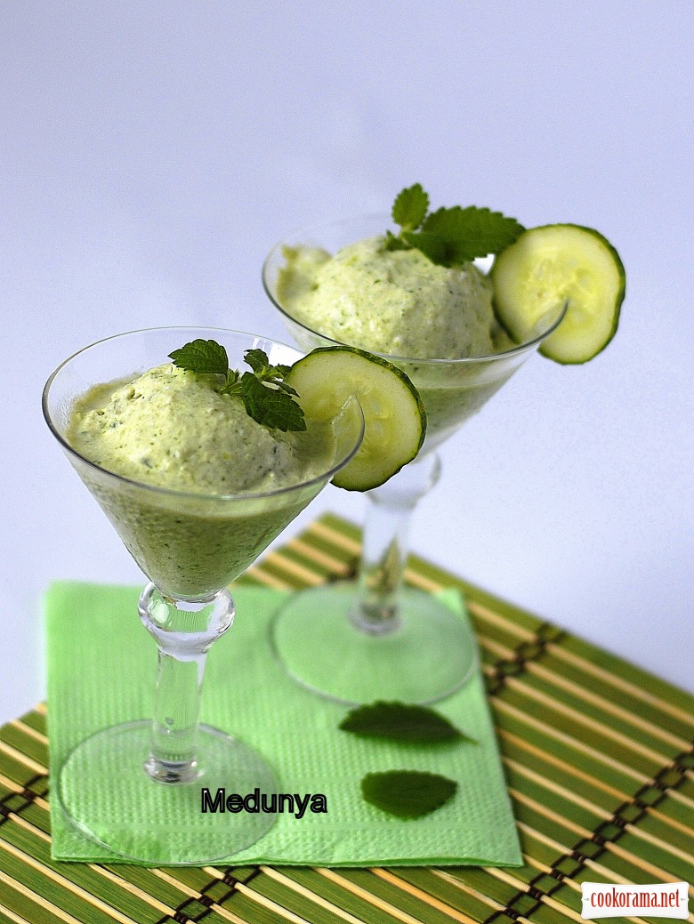 Огіркове морозиво