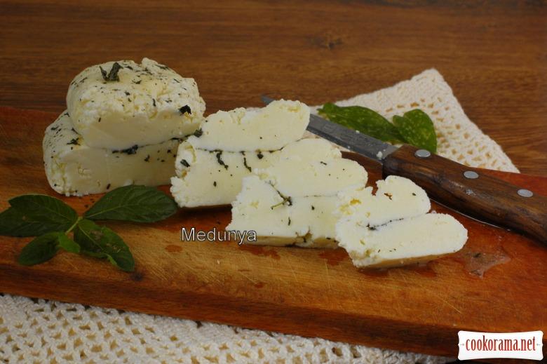 Сыр типа «Халуми» в домашних условиях