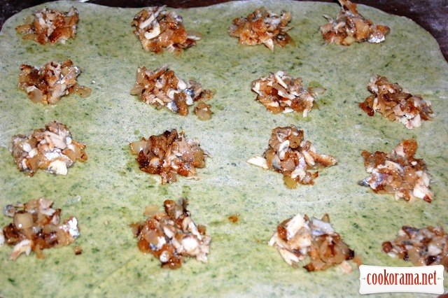 Spinach ravioli with fish stuffing