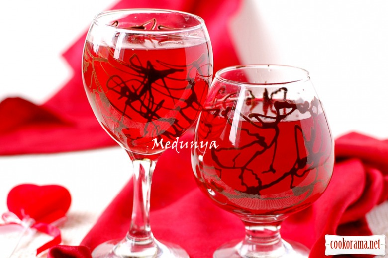 Романтичний бокал