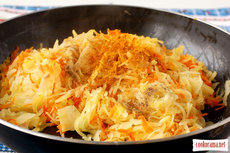 Vareniki with smoked cabbage