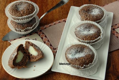 Шоколадні мафіни з ніжною начинкою