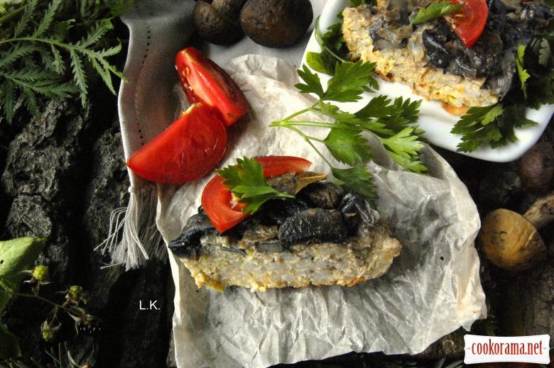 Рисово-м'ясна запіканка в грибній заливці