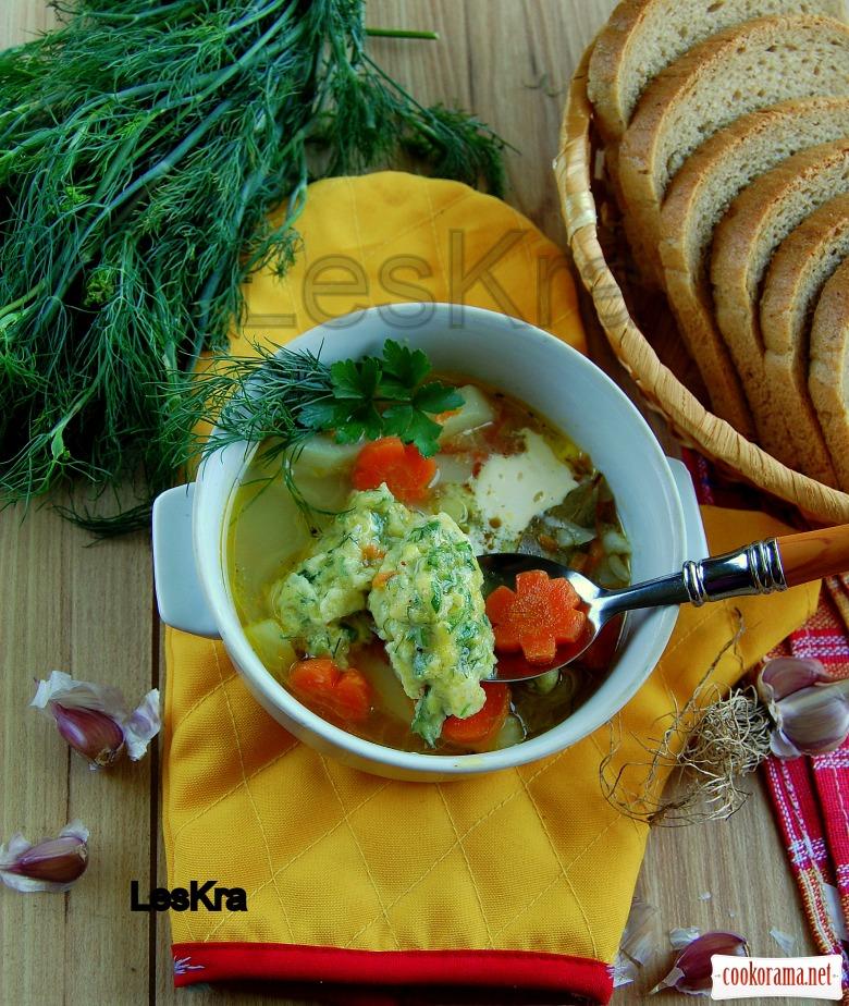 Легкий суп с кабачковыми галушками